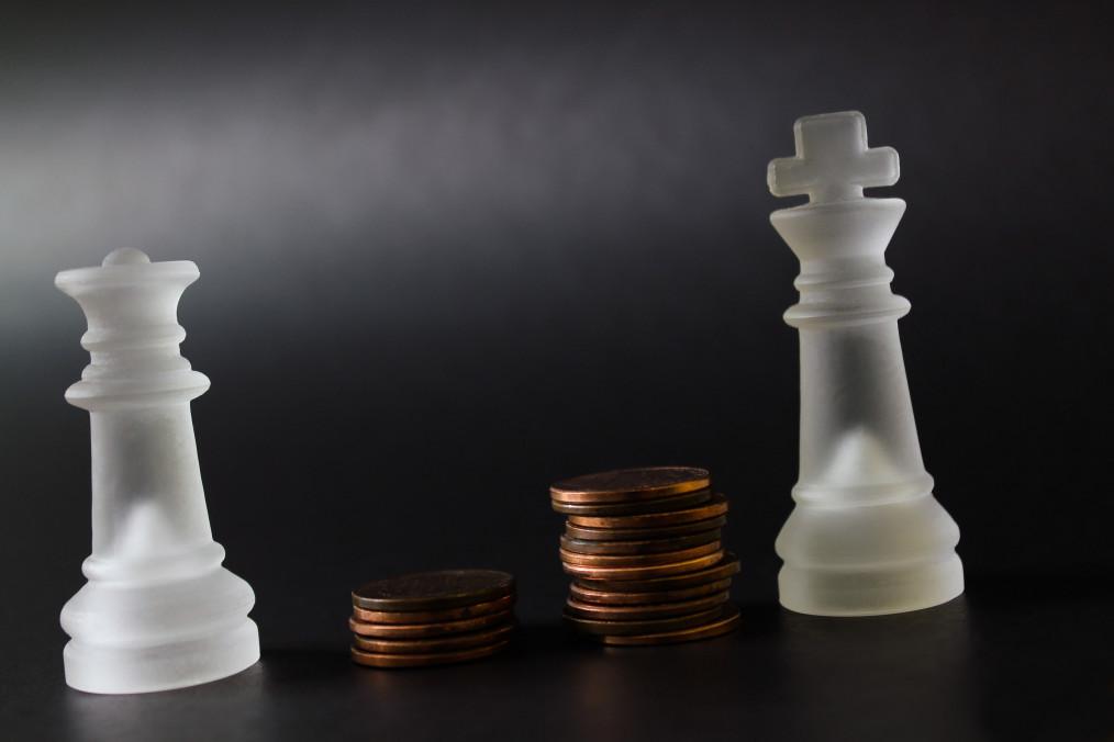 Como funciona a equiparação salarial dos bancários?